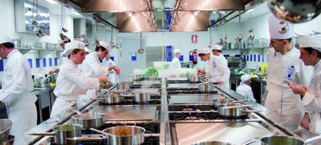 cocina-mediterranea-de-mercado-barcelona-parte-alta-sant-gervasi-equipo